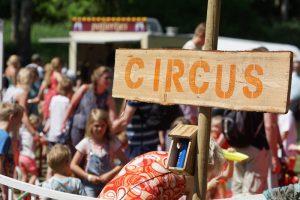 bier en appelsap festival thema area circus