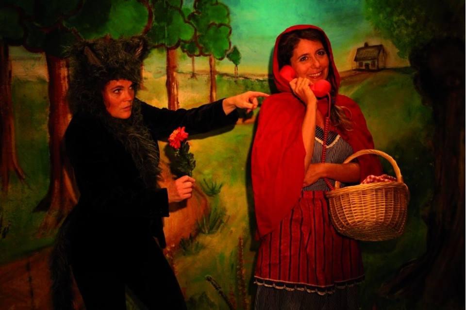 Roodkapje het kleine theater voorstelling bier en appelsap festival